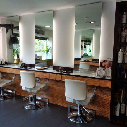 Tocador peluquería en madera