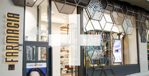 diseño fachada farmacia paez